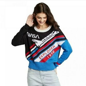 NWT NASA Exployer sweater 1992 in size large
